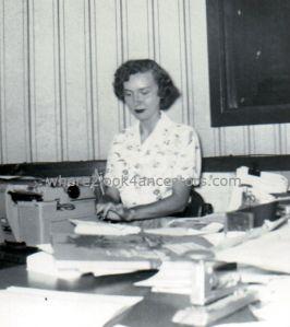 Joan Julia Mueller (nee Walton)