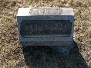 2015 05-26 Plum headstone